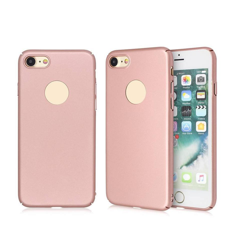 Slim iPhone 7 Case Made of Rbberized PC Material