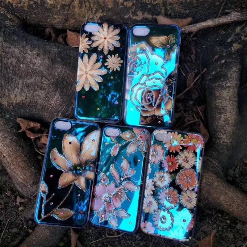 Funda protectora para iPhone 7 con imagen de luz azul y diamantes